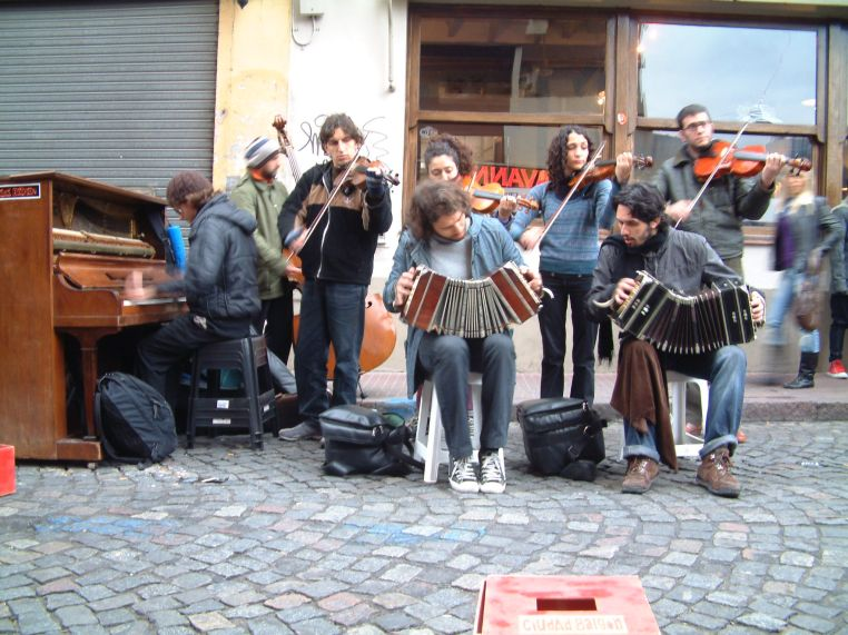 Street Tango Band