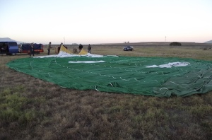 6 Ballon laid out