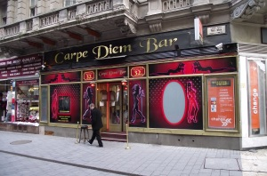 Carpe Diem Bar