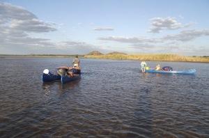 20 Zambezi Low Water Canoe Dragging